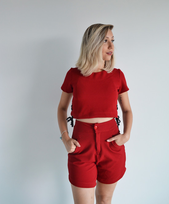 Short Cintura Alta + Cropped