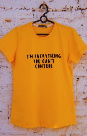 Camiseta Can't Control