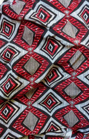 Camisa Geométrica Vermelha
